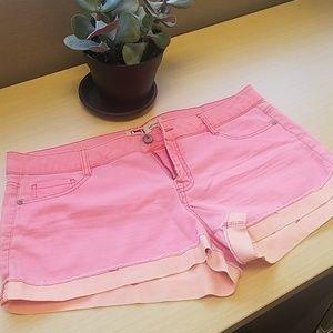 L.E.I. Ashley Lowrise Shorts